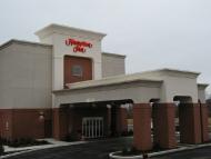 Hampton Inn - Columbia, IL