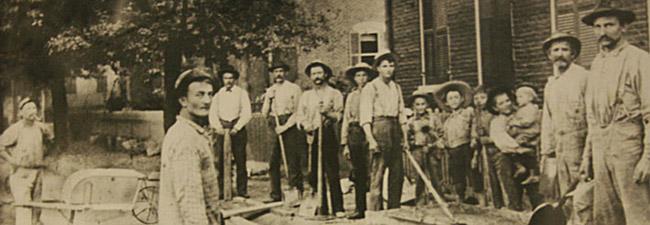 1904 Weis Family Plaster Crew
